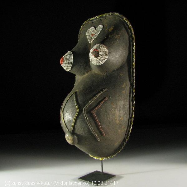 masque ventral  - Tanzanie  -  ethnie Makonde