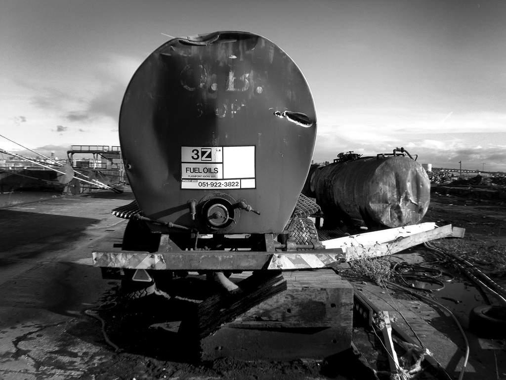 photographe non identifié; Citerne abandonnée