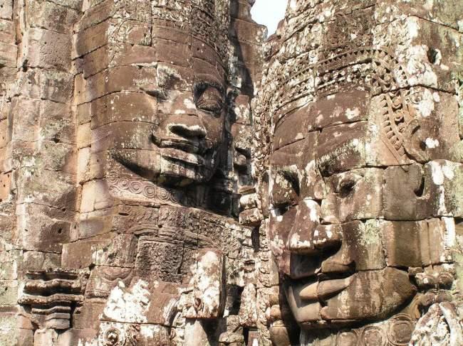 Art Khmer, têtes des temple