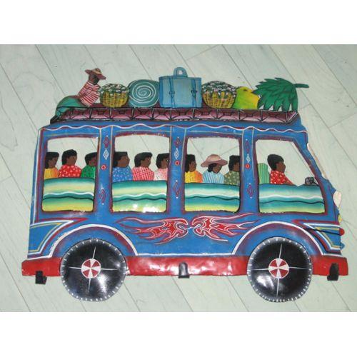 decoration-murale-porte-cles-porte-manteaux-autobus-scene-de-vie-sculpture-haitienne-originale-en-fer-decoupe-et-peinte-de-croix-des-bouquets-haiti--(