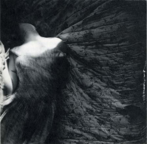 femme ange.jpg